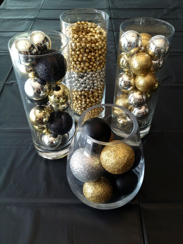 Best 20 Chic Holiday Decorating Ideas With A Black Gold And White Color Scheme This Month
