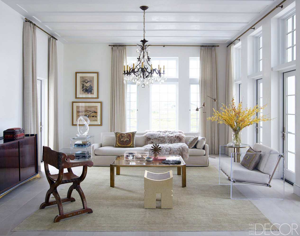 Best Chic Living Room Decorating Ideas And Design Elle Decor This Month