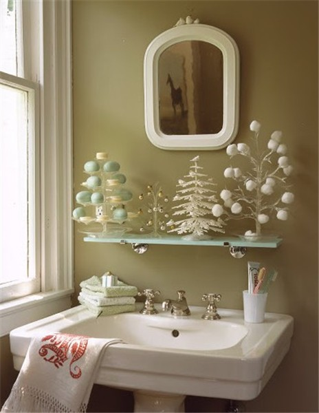 Best 17 Unique Bathroom Christmas Decorations Godfather This Month