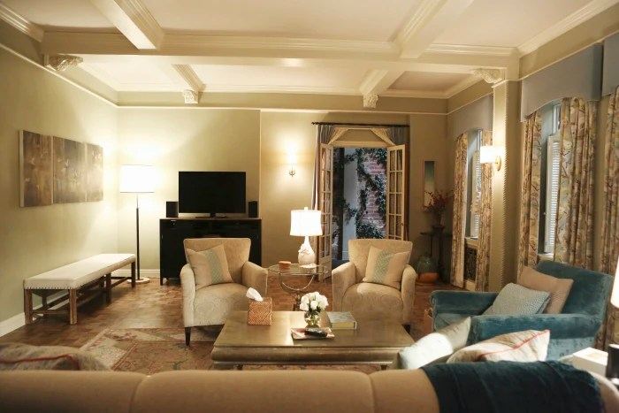 Best How To Decorate Your Living Room Like Olivia Pope On This Month