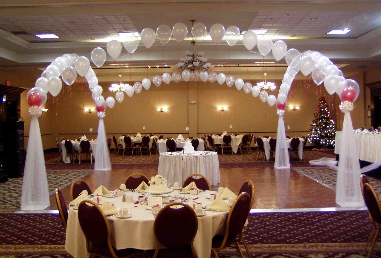 Best Wedding Flowers Cheap Wedding Decorations This Month