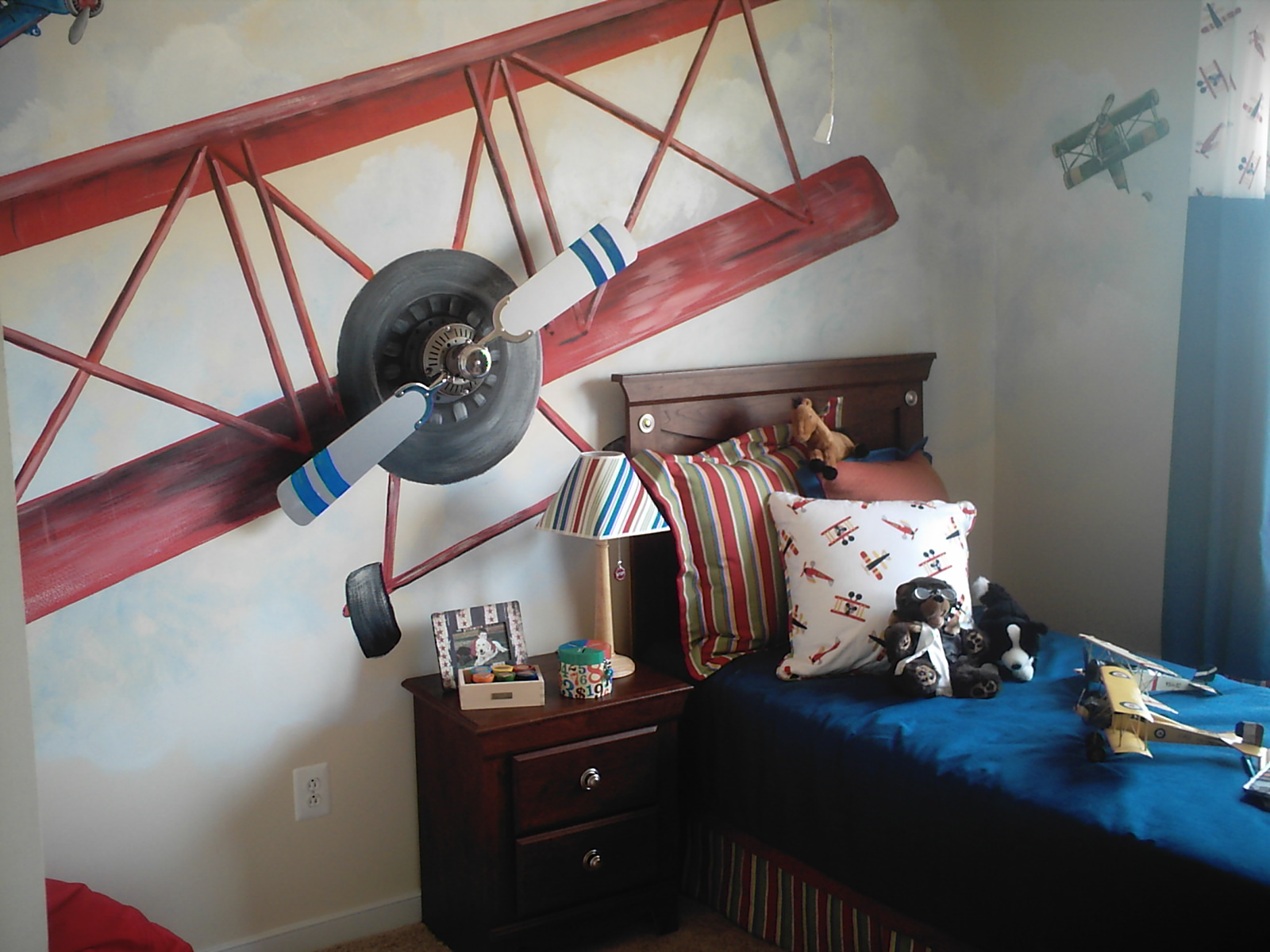 Best Boys Airplane Room Design Dazzle This Month