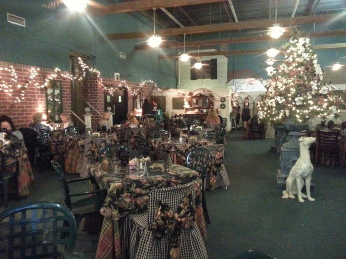 Best Decorator S Warehouse Is The One Place In Dallas Fort This Month
