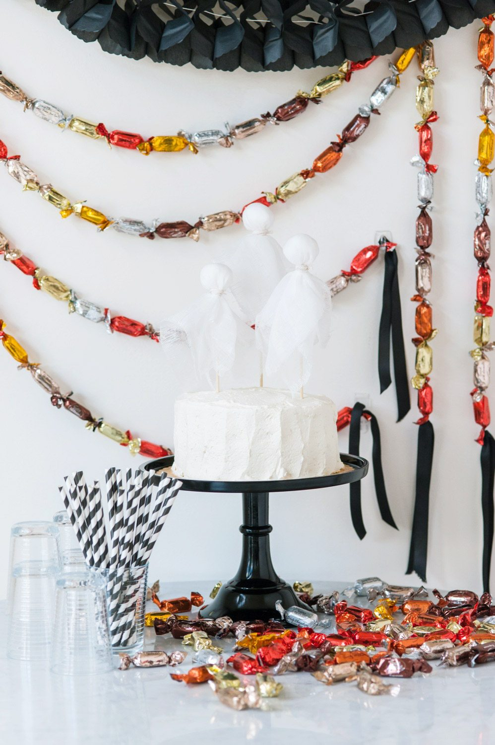 Best Diy Halloween Chocolate Truffle Party Garland The This Month