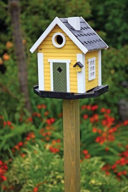 Best 10 Birdhouses To Decorate Your Outdoor Space This Spring This Month