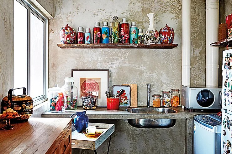 Best 10 Charming Vintage Inspired Kitchens And Dining Areas This Month
