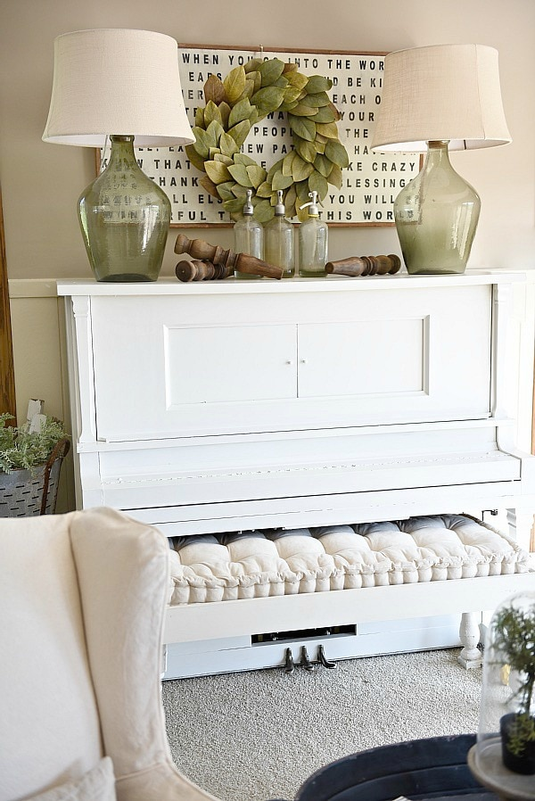 Best Piano Decor – Farmhouse Living Room This Month
