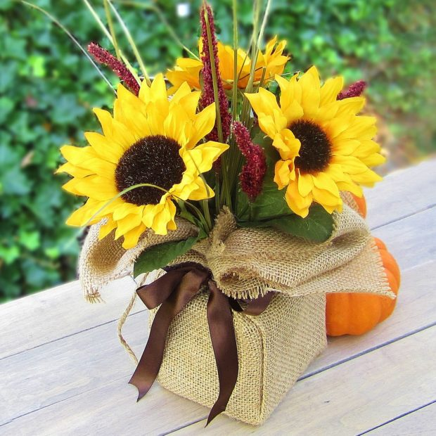 Best 18 Creative Diy Burlap Fall Decorations Style Motivation This Month