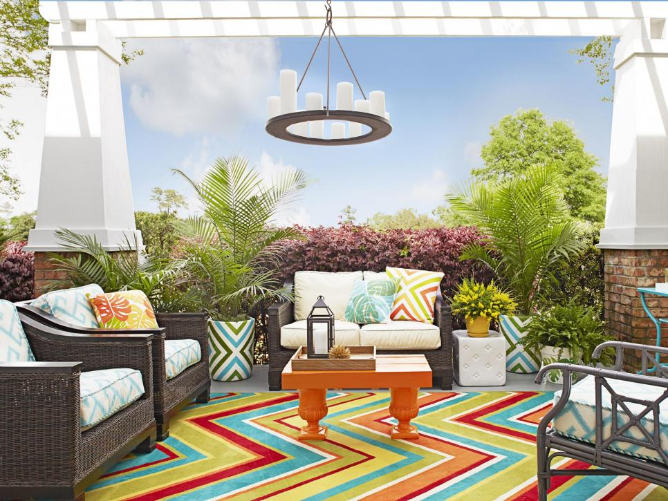 Best How To Decorate An Empty Back Porch Hgtv This Month
