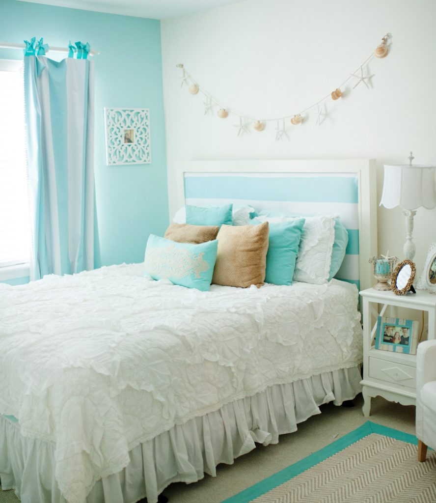 Best Get The Look Mediterranean Beach House Decor The Sweetest Digs This Month