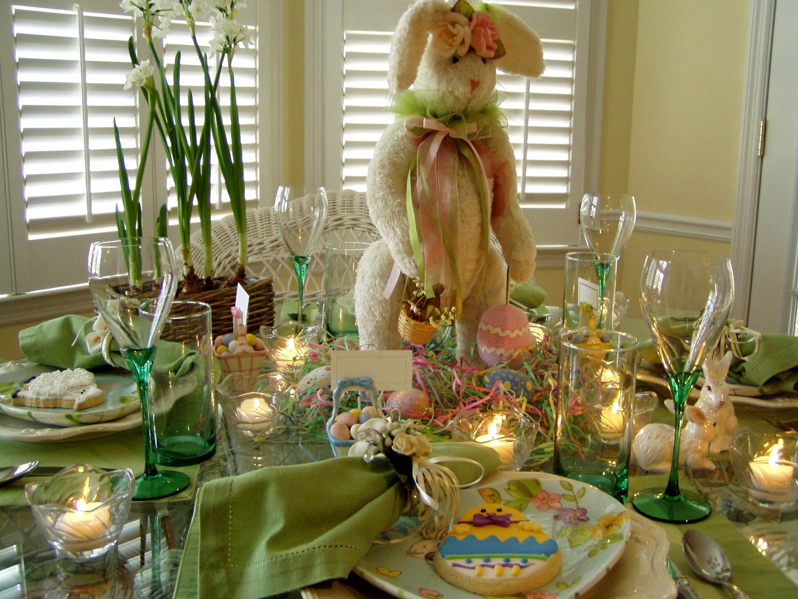 Best Easter Table Setting Tablescape With Bunny Centerpiece This Month