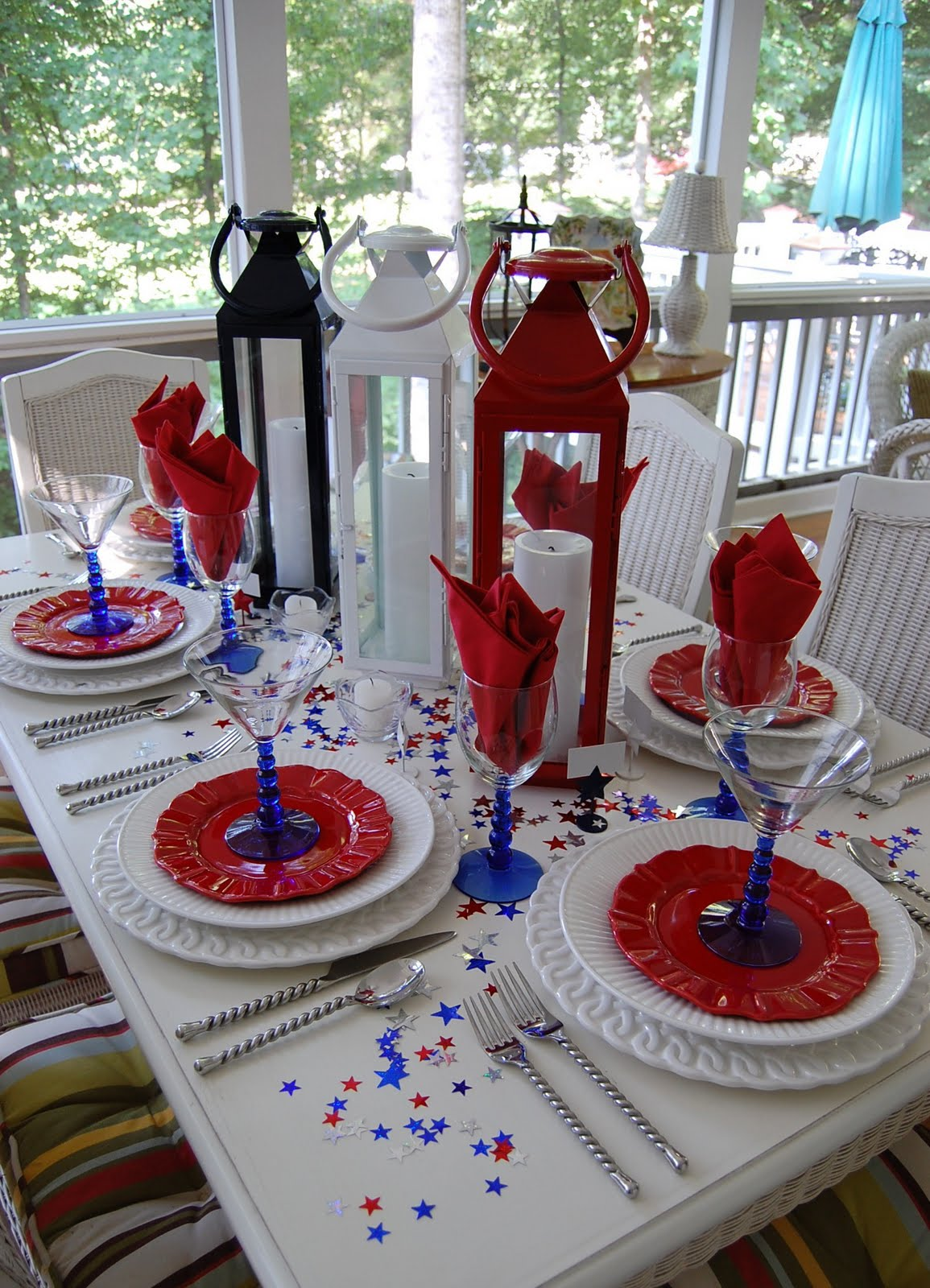 Best Tablescape For The 4Th Of July This Month