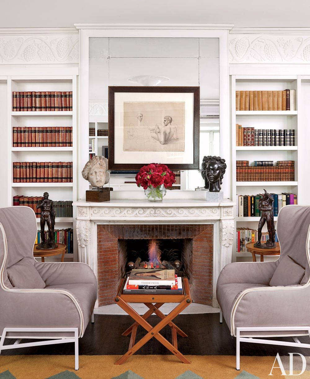 Best 7 Gorgeously Easy Fireplace Decor Ideas This Month