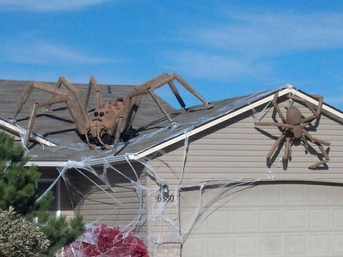 Best The 30 Best Halloween Decorations Ever This Month