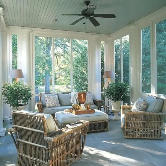 Best 36 Comfy And Relaxing Screened Patio And Porch Design This Month