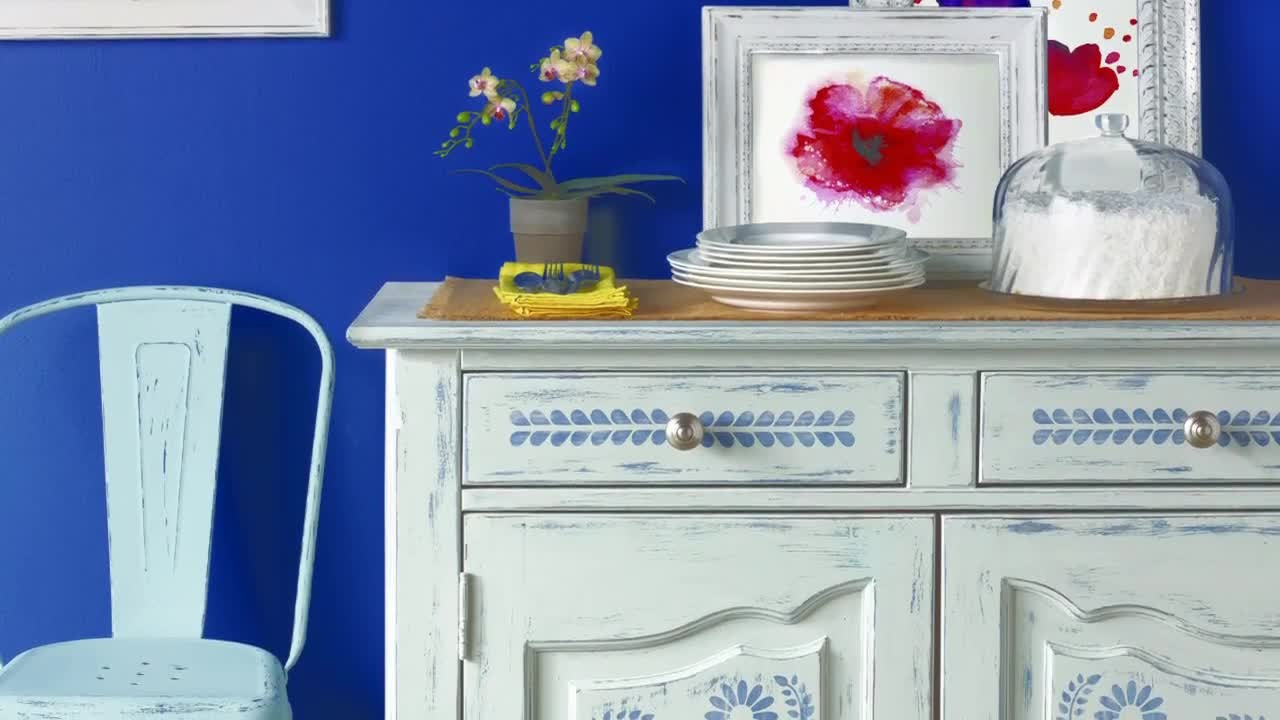 Best Video Vintage Decor Paint With Martha Stewart Martha This Month