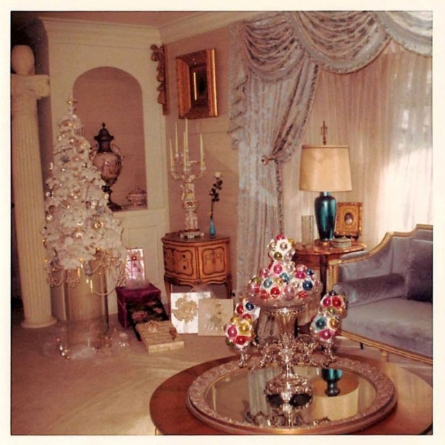 Best Photos Of Christmas Home Decor In The 1950S And 1960S 30 This Month