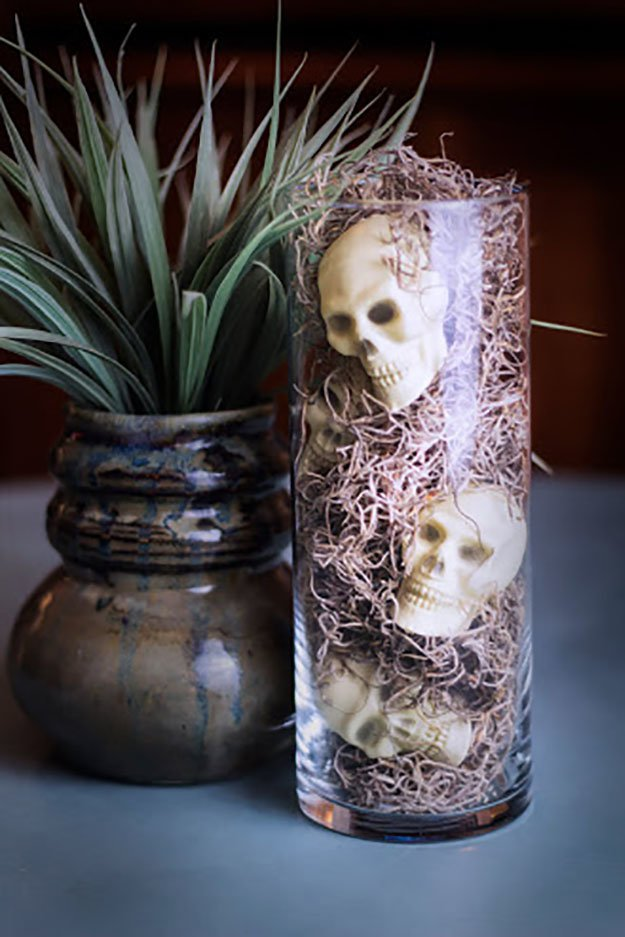 Best 10 Easy Dollar Store Halloween Decor You Should Try Diy This Month