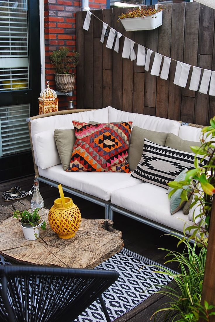 Best 25 Bohemian Patio Ideas On Pinterest Pallet This Month