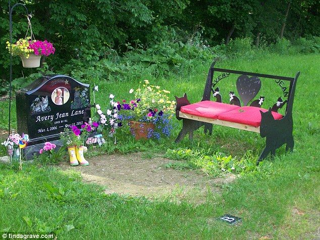 Best 8 Best Dad Grave Idea S Images On Pinterest Cemetery This Month