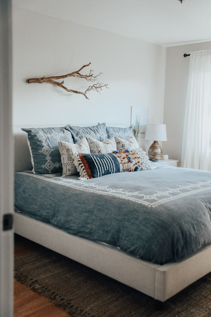 Best 25 Upholstered Beds Ideas On Pinterest White This Month