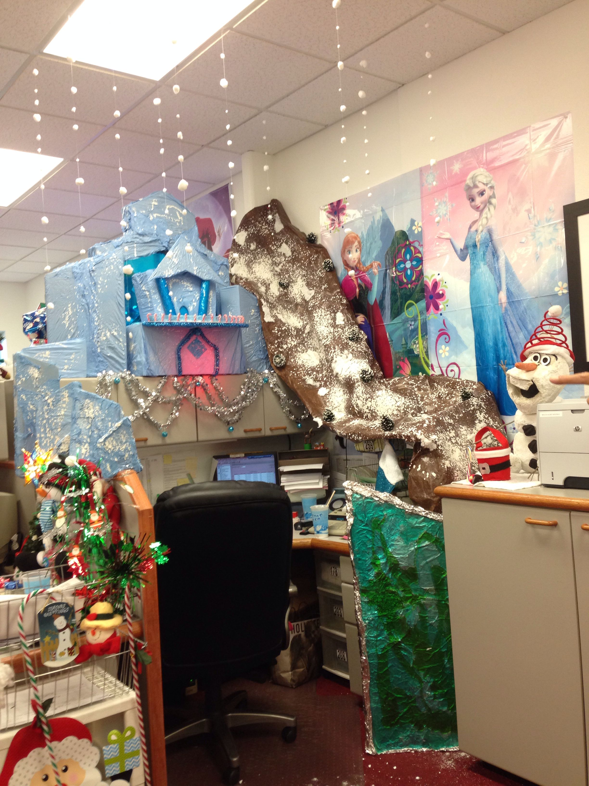 Best My Frozen Themed Christmas Cubicle Christmas Christmas This Month