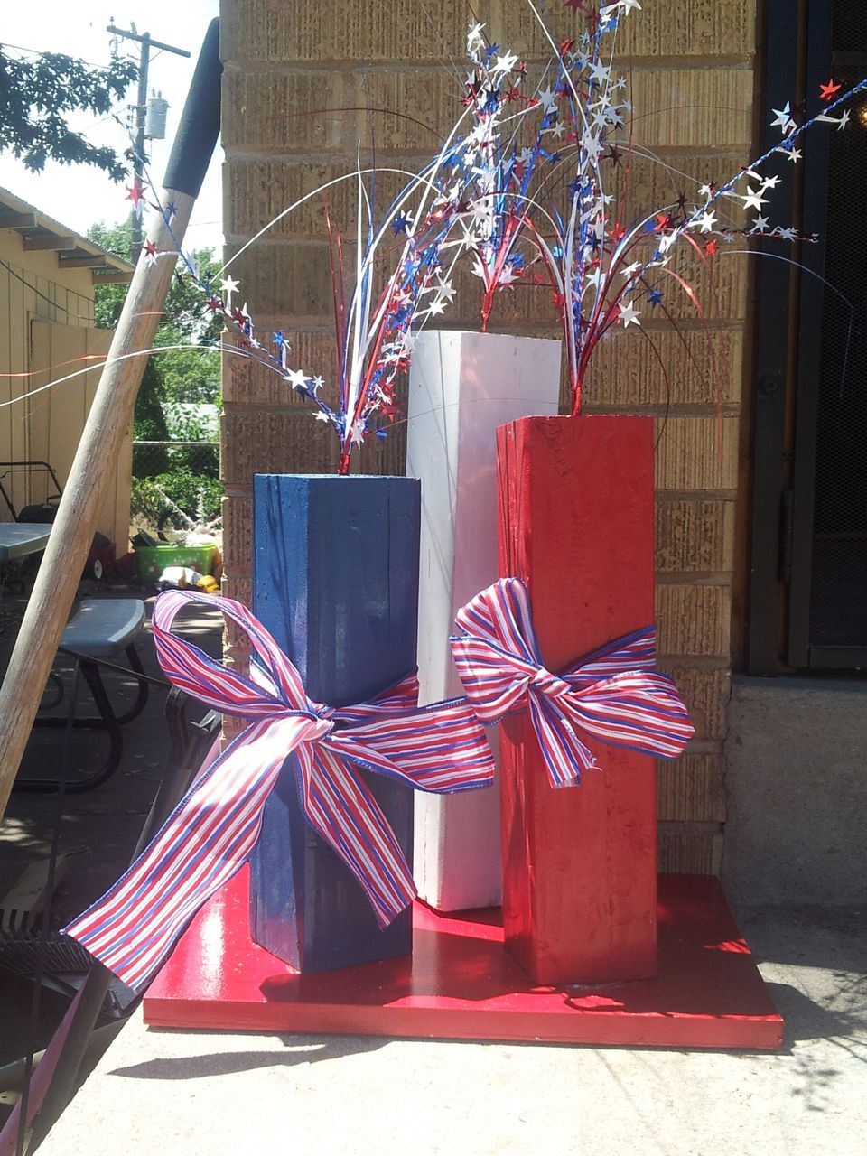 Best Outdoor 4Th Of July Decor Red White And Blue Crafts This Month