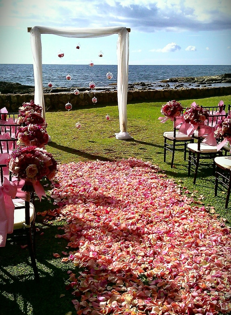 Best Outdoor Wedding Aisle Decor Ideas Portugal White Weddings This Month