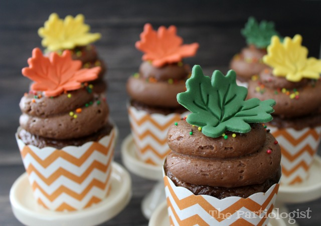 Best The Partiologist Maple Leaf Cupcakes This Month