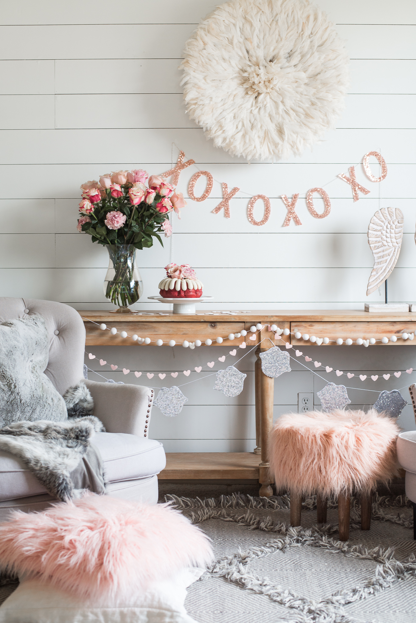Best Simple And Easy Valentines Day Party Decor — House Of Five This Month