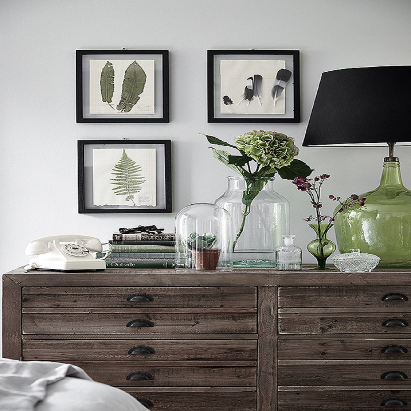 Best Decorating The Bedroom With Plants Or A Botanical Theme This Month