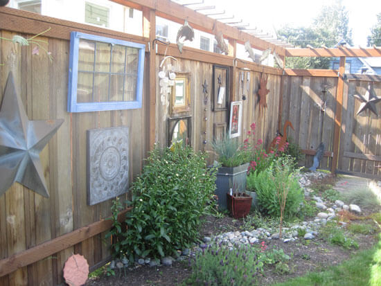 Best Decorating Your Backyard Fence For Oakland And San Francisco This Month