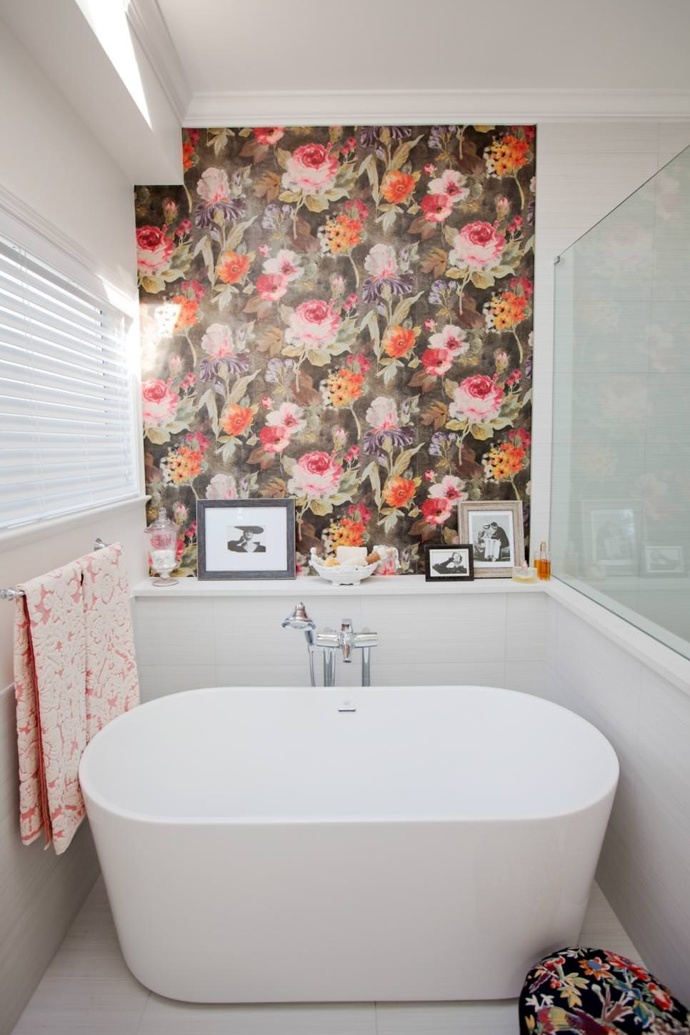 Best 22 Floral Bathroom Designs Decorating Ideas Design This Month