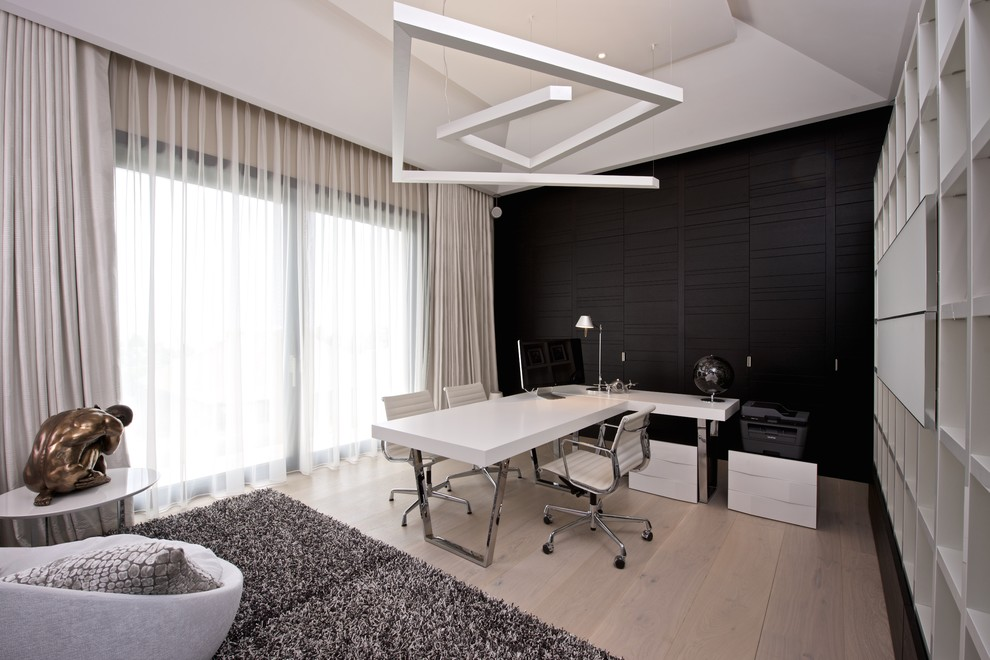 Best 21 Black And White Home Office Designs Decorating Ideas This Month