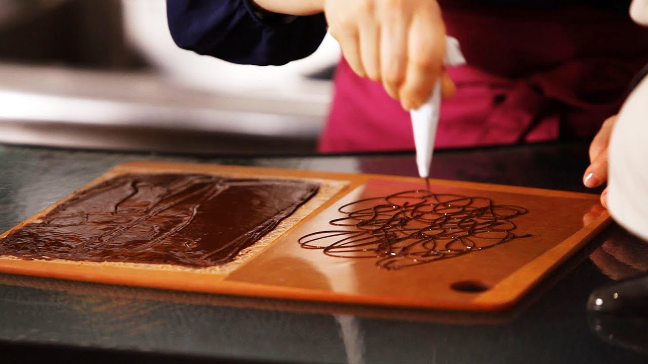Best 3 Ways To Make Chocolate Decorations Cake Decorating This Month