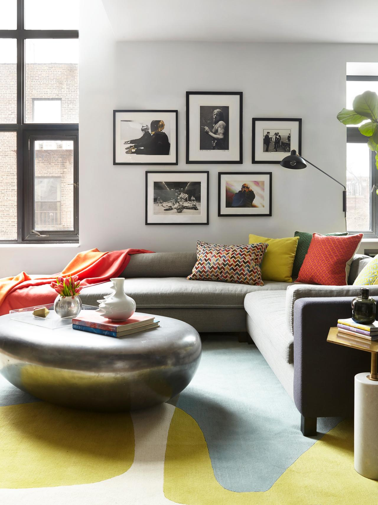 Best 12 Living Room Ideas For A Grey Sectional Hgtv S This Month