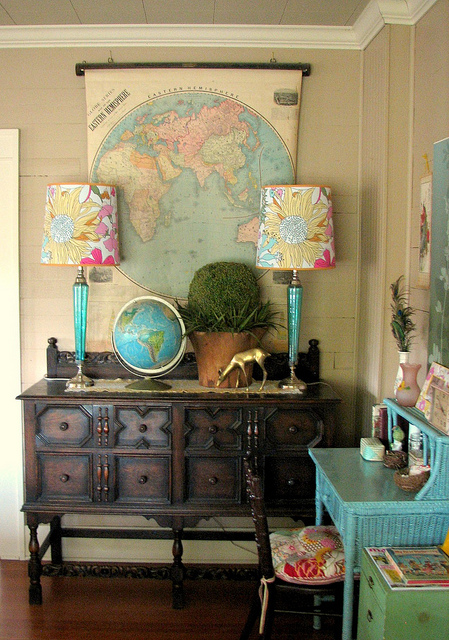 Best Decorating With Maps… Little Nudge This Month
