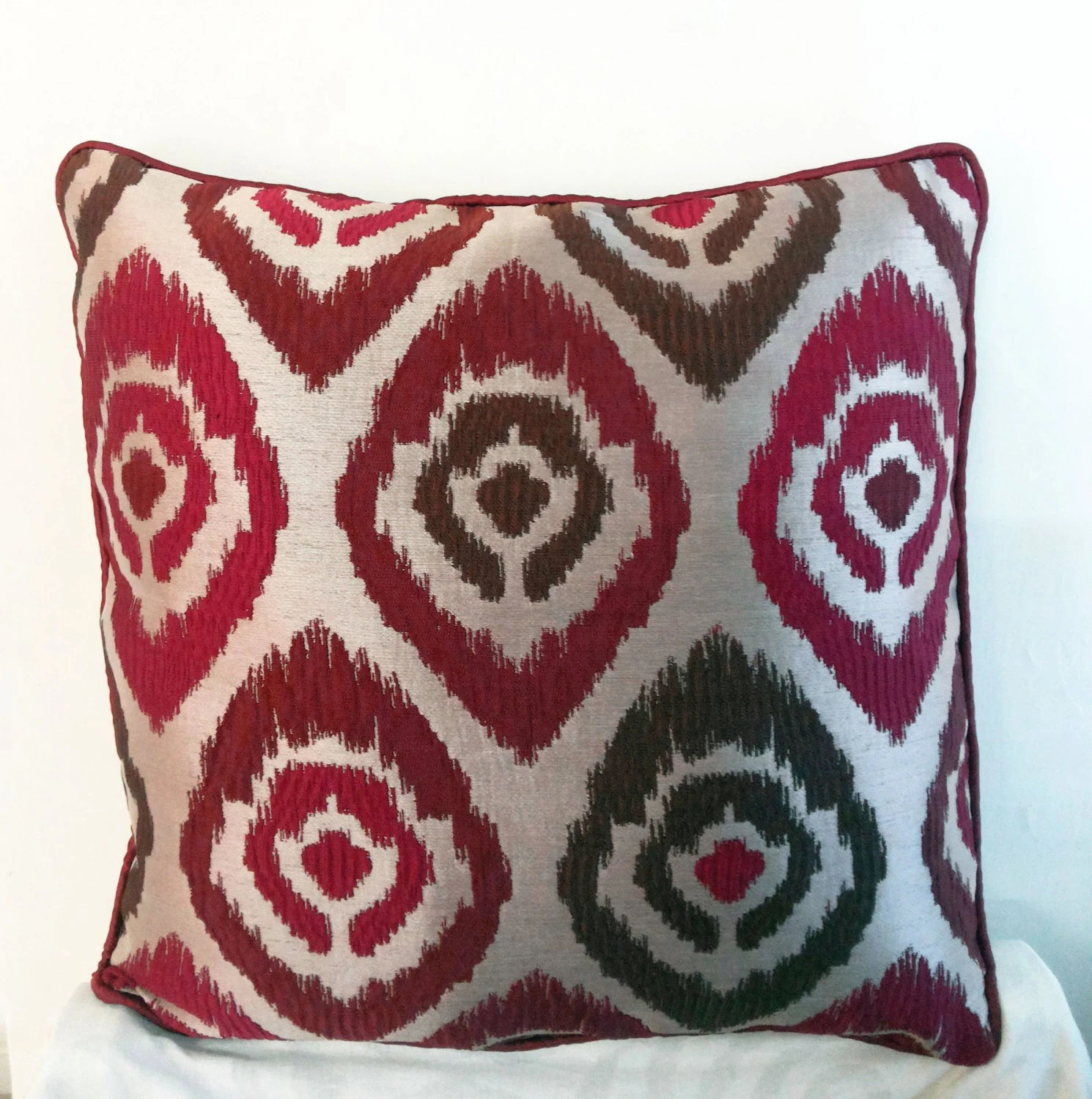 Best Sale 18X18 Red Beige Polyester Decorative Throw Pillow Cover This Month