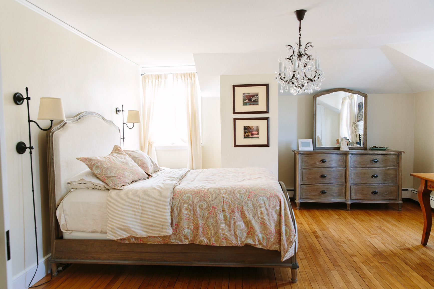 Best Decorating Styles Decorating Your Home For A Casual Look This Month