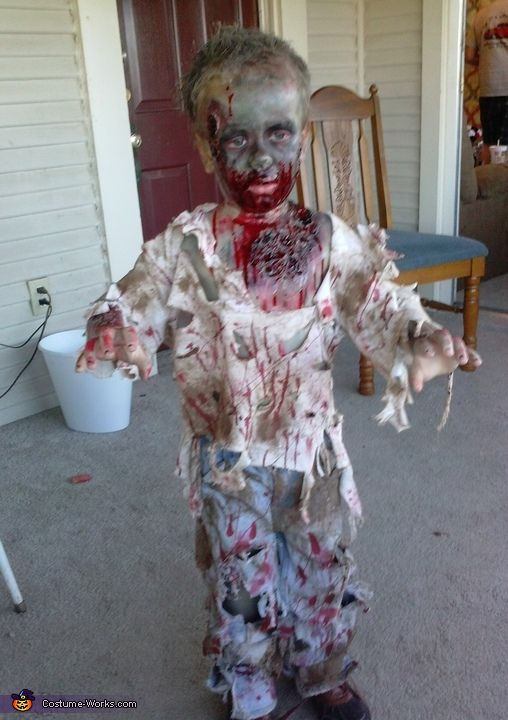 Best Zombie Boy Costume To Be Kid And Homemade This Month
