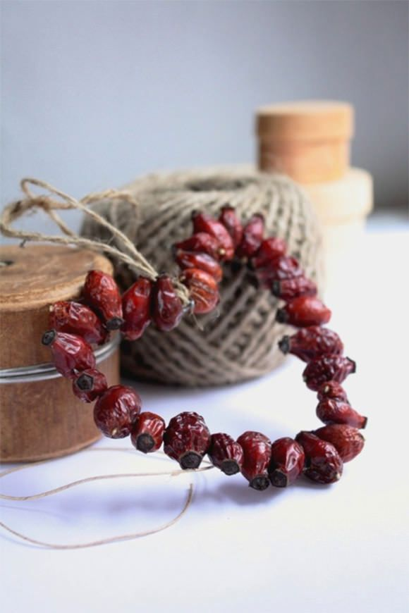 Best Diy Holiday Decorating With Kids Dried Cranberries This Month
