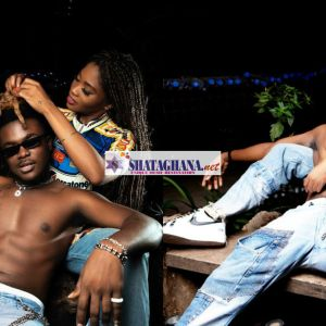 Eazzy and Quamina Mp cuddled up and posses as couples in a new photos.