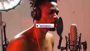 Kwesi Arthur – Warming Up (Freestyle)