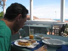 Shaun devours delicious Sri Lankan food.