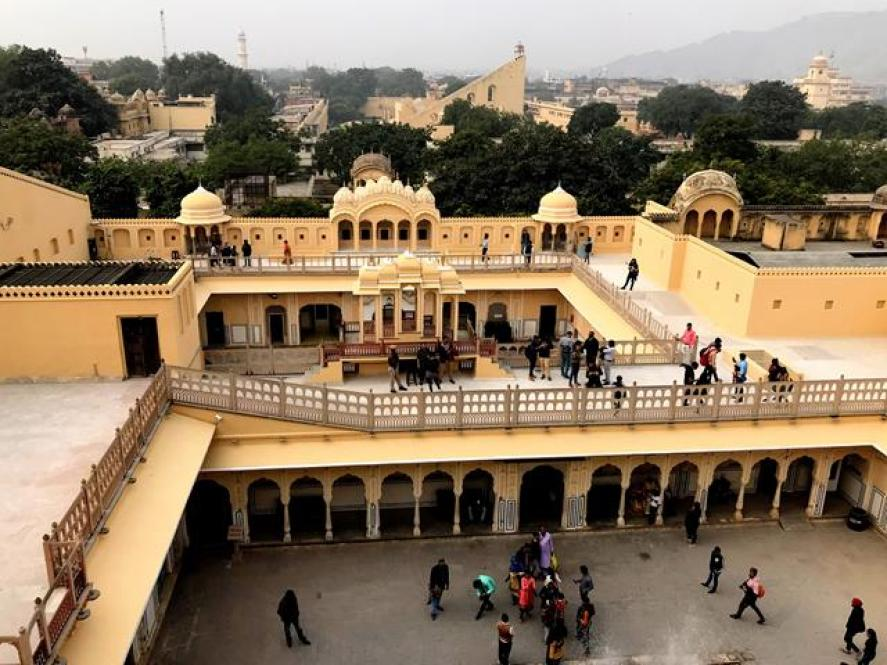 Wind Palace ( Hawa Mahal) the astonishing building of Jaipur