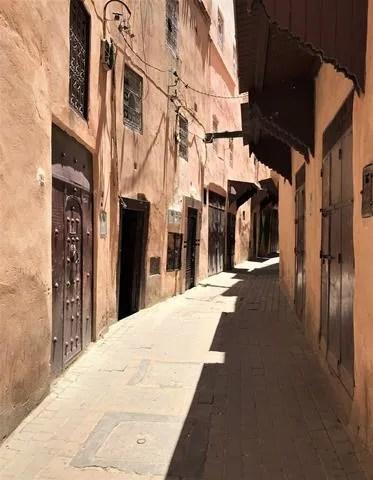 Wandering through the medina