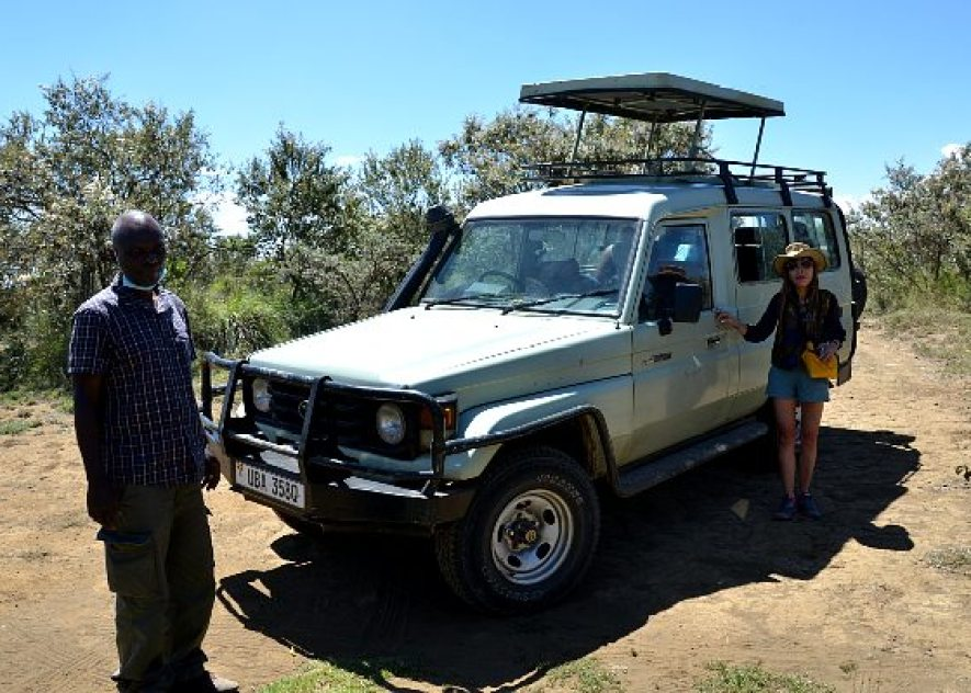 Safari jeep with pop up top