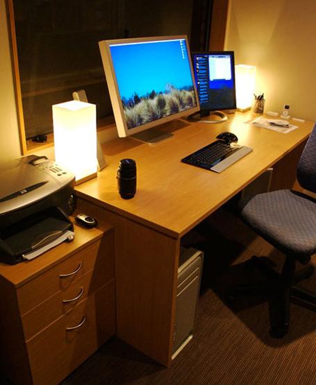 Glenn Wolsey's Mac Setup. 30 inch ADC, Quad Core Mac Pro and class.