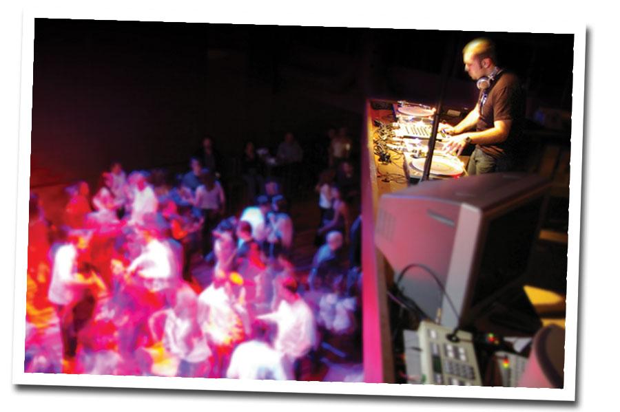Free Toronto Halloween Dance Event @ Six Degrees Nightclub