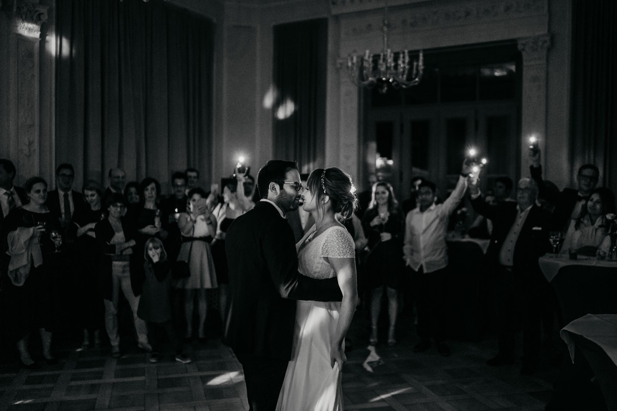 Hochzeit auf Schloss Heiligenberg Brautpaar-Tanz